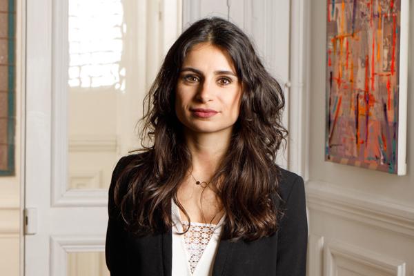Adema avocats - cabinet d'avocats Paris - photo de Julie Mismisis - spécialiste en droit de l'immobilier - droit de la construction - droit bancaire et voies d'exécutions