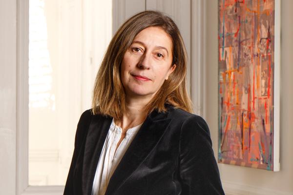 Adema avocats- cabinet d'avocats Paris - Photo de Valérie Marais - spécialiste en droit de l'immoblier- droit de l'urbanisme - droit d'améngagement